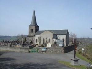 Saint-Pierre_le_Chastel-_church5044-fcb12